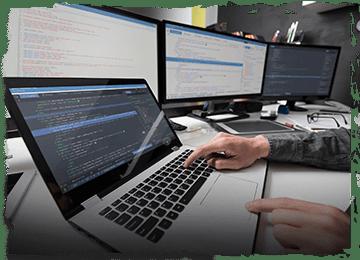 على شبكة الإنترنت والتنمية وشركة في نيودلهي