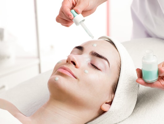 عيادات الليزر الجلدية